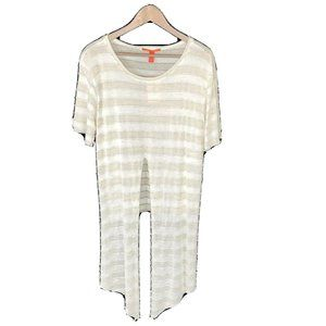 Chelsea & Violet Size Large Ivory Top Assymetrica;
